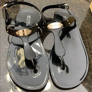 Michael Kors Jelly Flat Sandals. Thongs.Black. Sz8